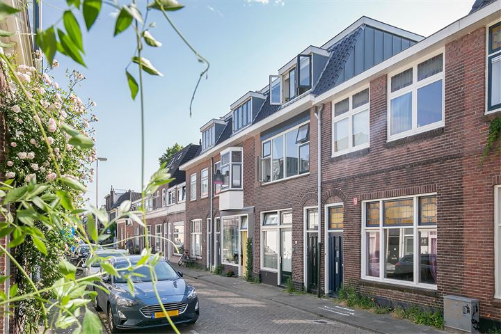 Bekkerstraat 69