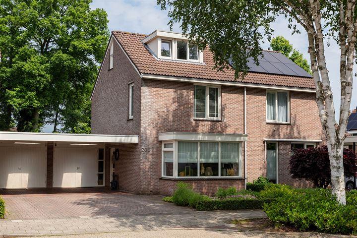 Hofkamp 235