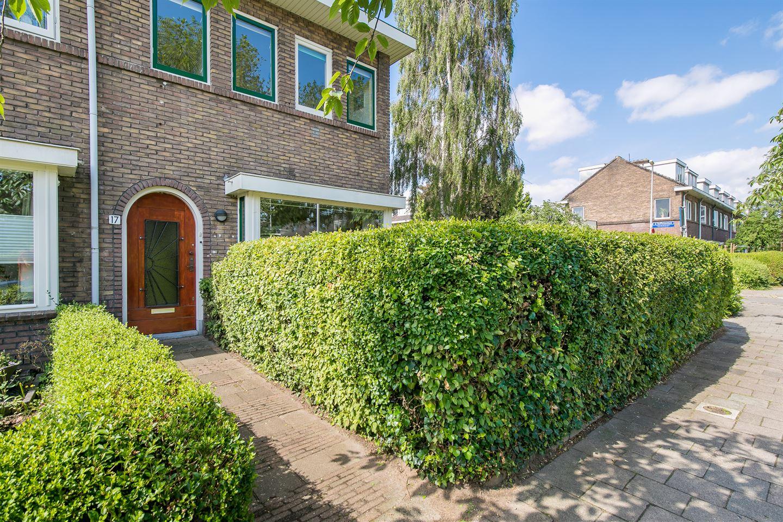 View photo 4 of Linnaeuslaan 17