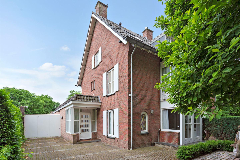 Bekijk foto 2 van Bredaseweg 372