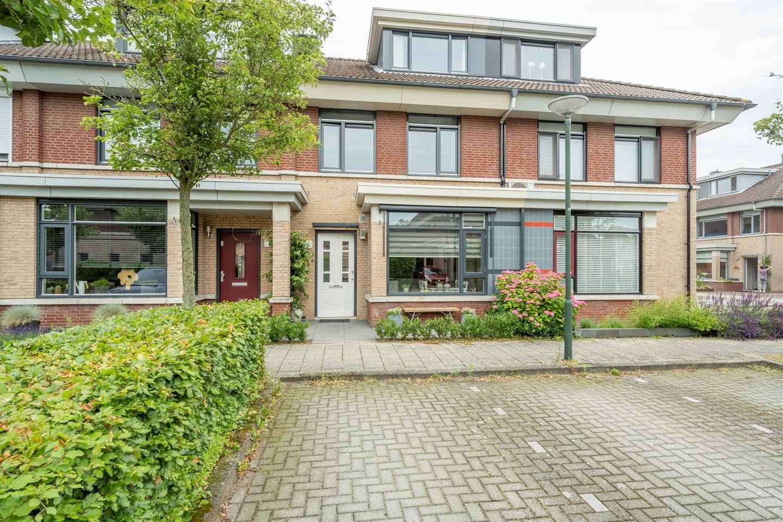 Bekijk foto 1 van Lindehof 126
