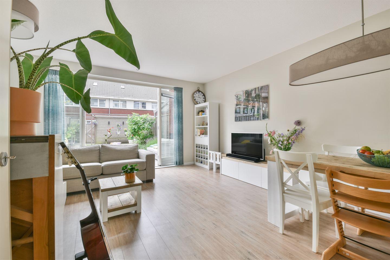 Bekijk foto 3 van Kaneelappelstraat 90