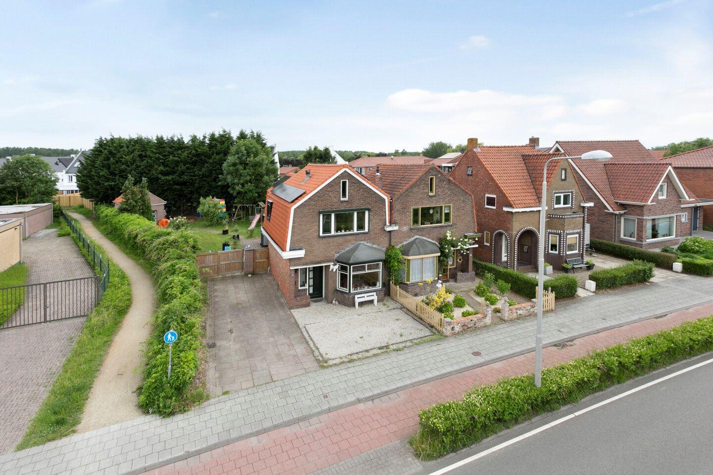 Bekijk foto 2 van van der Maelstedeweg 48