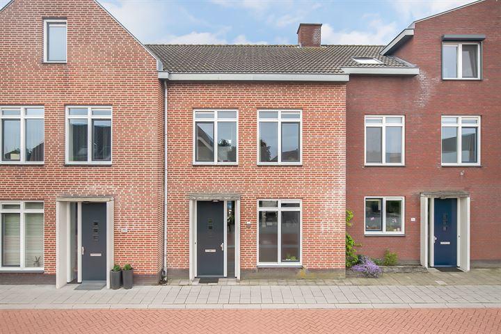 Bernhardstraat 38