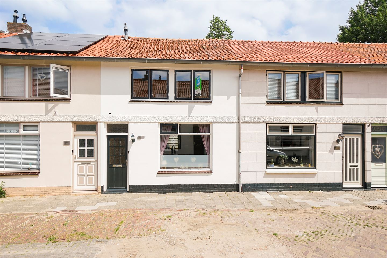 Bekijk foto 2 van Raadwijkstraat 24