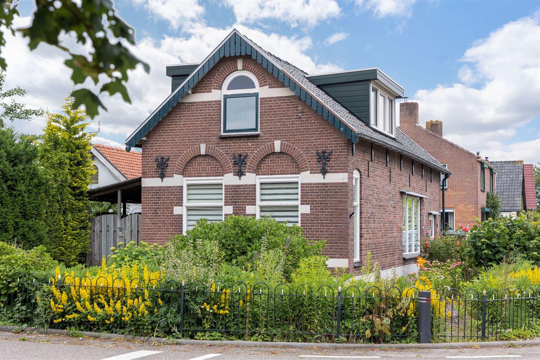 Bekijk foto 1 van Prins Willem-Alexanderstraat 52