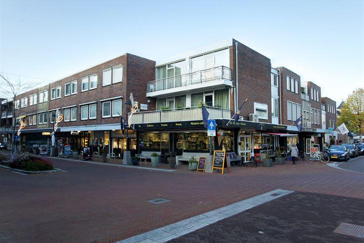 Deken Dr Mulderstraat 8, Bemmel