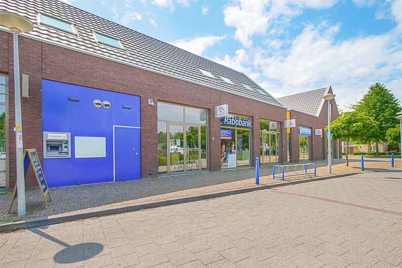 Bekijk foto 2 van Omtaplein 3