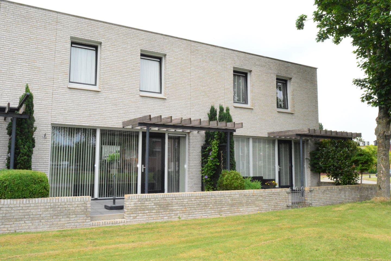 View photo 1 of Het Waal 254