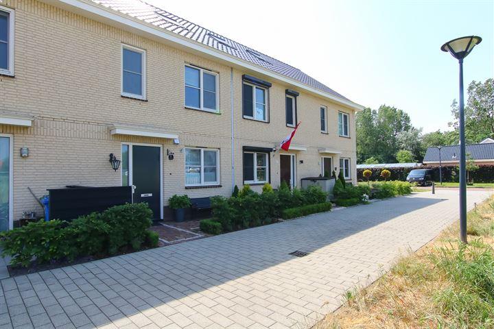Koos Schroefstraat 8
