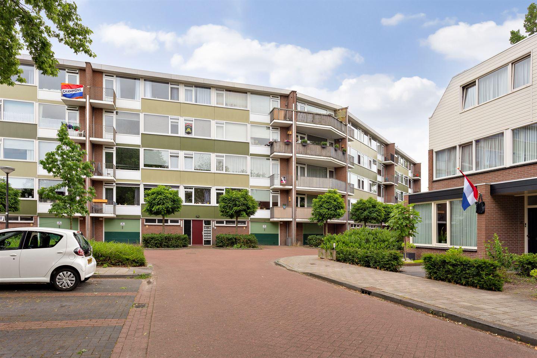 Bekijk foto 1 van Cornelis Bosstraat 56