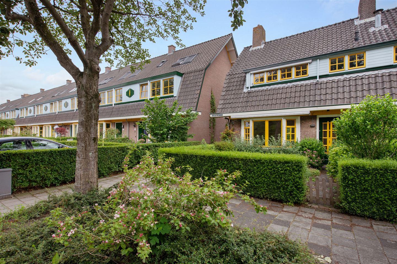 Bekijk foto 2 van Laan van Altena 32