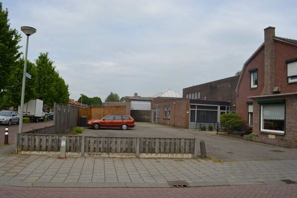View photo 2 of Oude Oostrumseweg 19 A-B