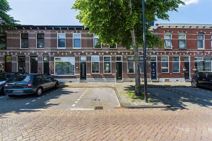 M.H. Trompstraat 24
