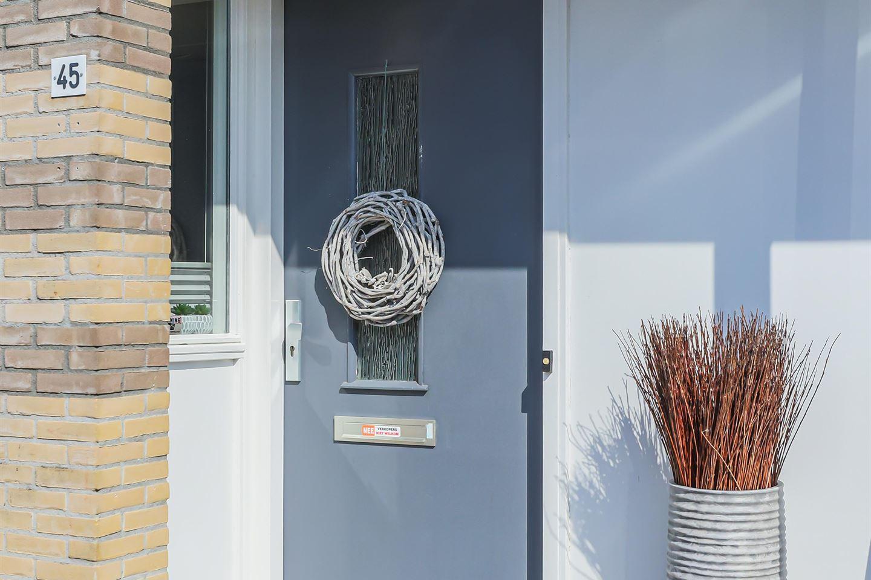 Bekijk foto 4 van Wobbe Hendrik Alkemastraat 45