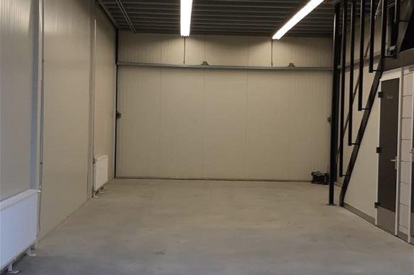 Bekijk foto 3 van Industrieweg 14 E