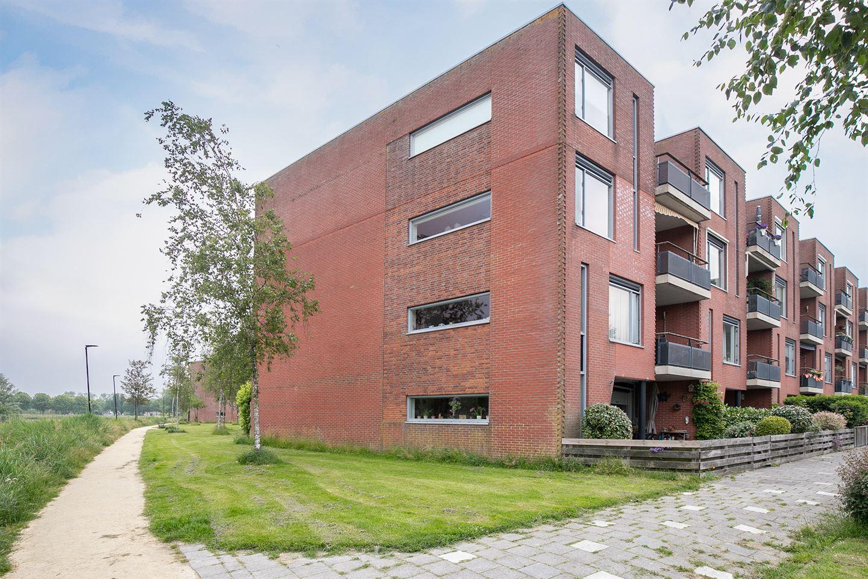 Bekijk foto 2 van Tjaarlingermeer 164