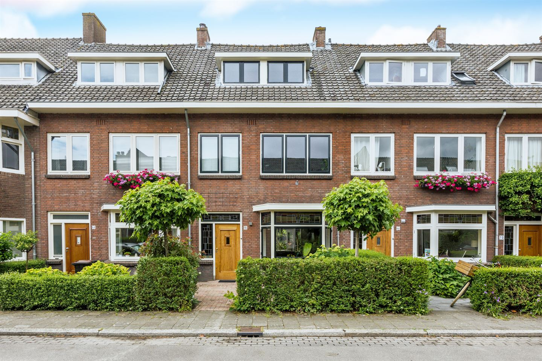 View photo 1 of Mendelssohnstraat 66