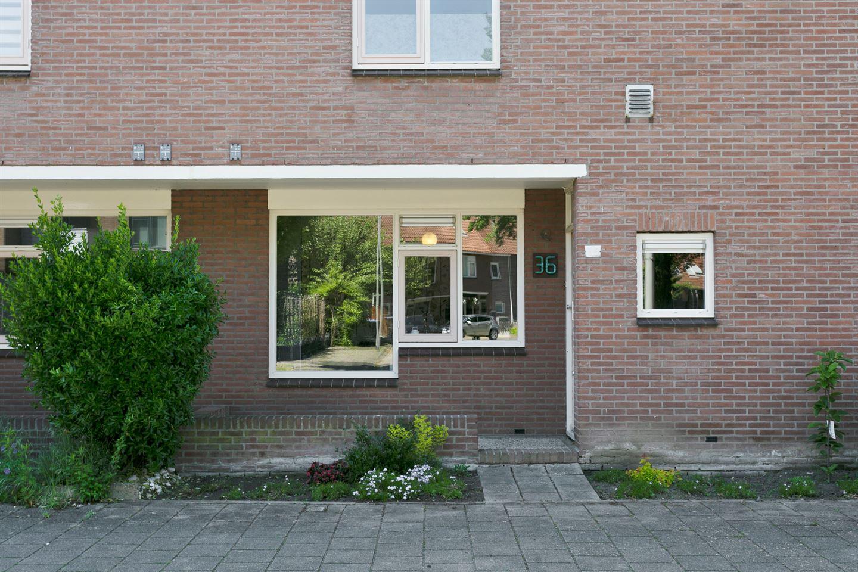 Bekijk foto 3 van Woudrichemstraat 36