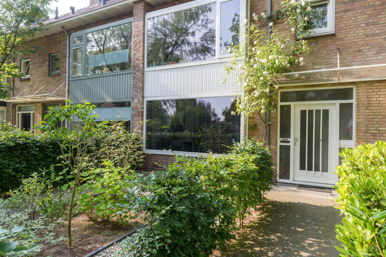 Bekijk foto 3 van van Wassenhovestraat 4
