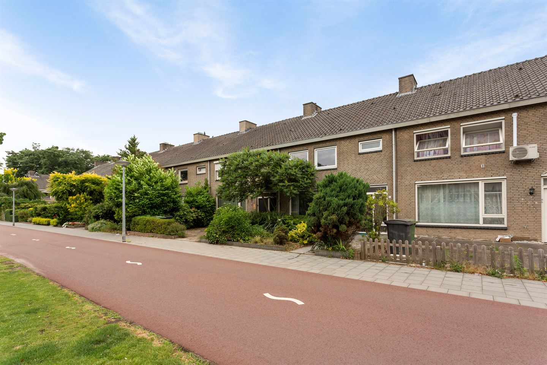 View photo 2 of De Stoutheuvel 13