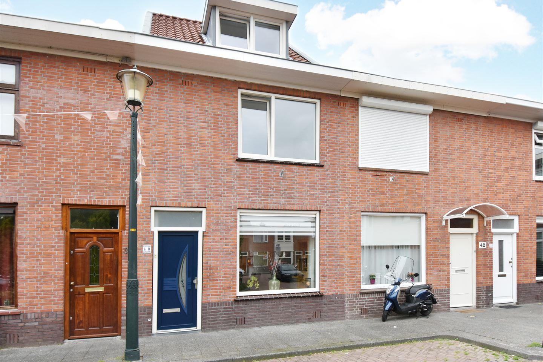 Bekijk foto 1 van Spakenburgsestraat 40