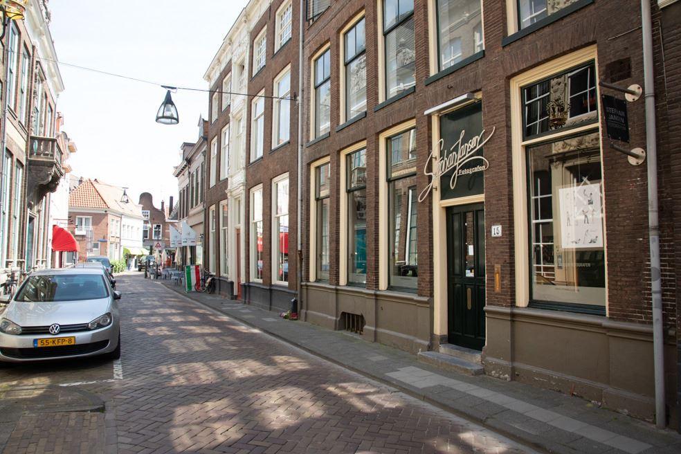 Bekijk foto 2 van Kamperstraat 15