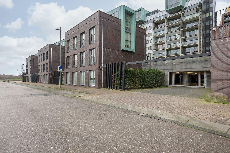 View photo 2 of Bertus Bulstraat 17