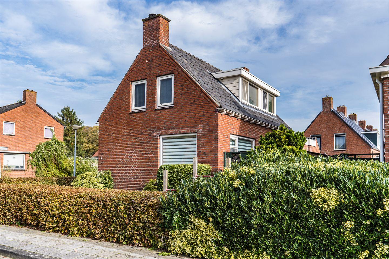 Bekijk foto 2 van Jan Bakkerstraat 9