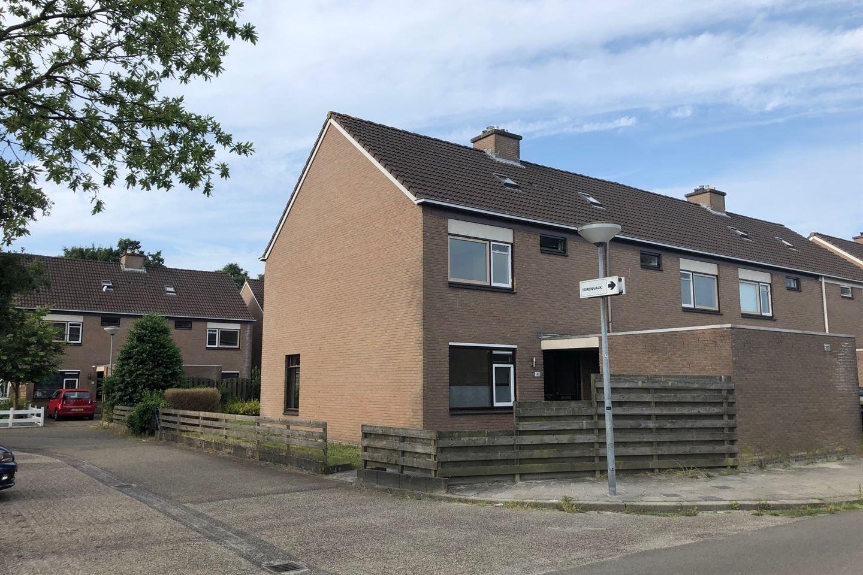 View photo 1 of Valkenveld 146