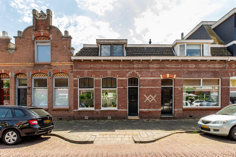Bekijk foto 1 van Hooftstraat 12