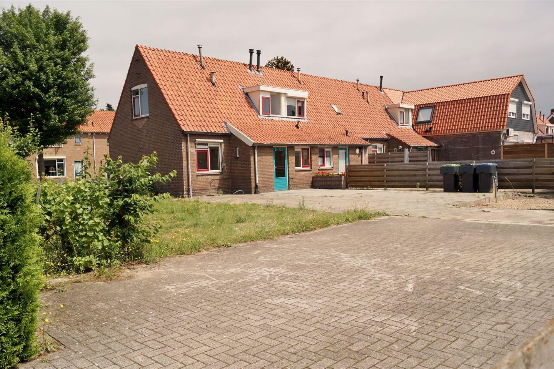 Bekijk foto 2 van Harm Aartsweg 84