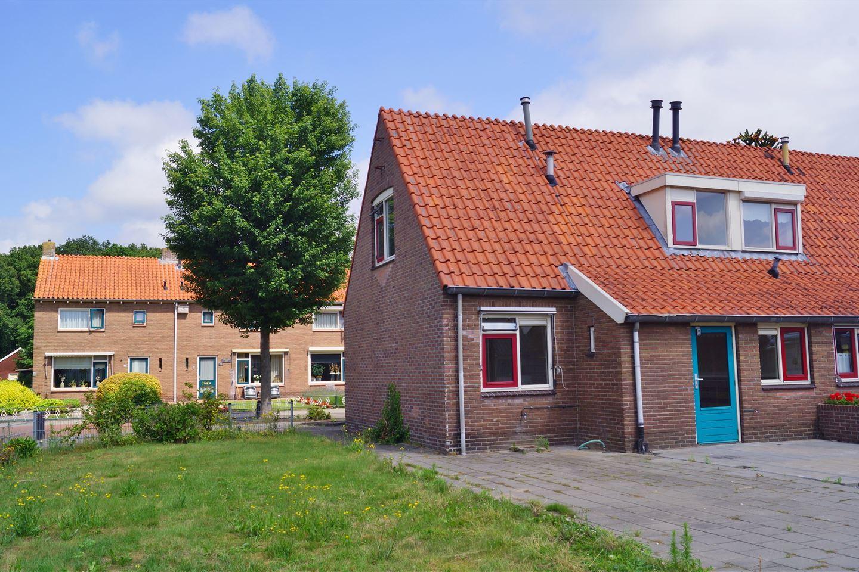 Bekijk foto 3 van Harm Aartsweg 84