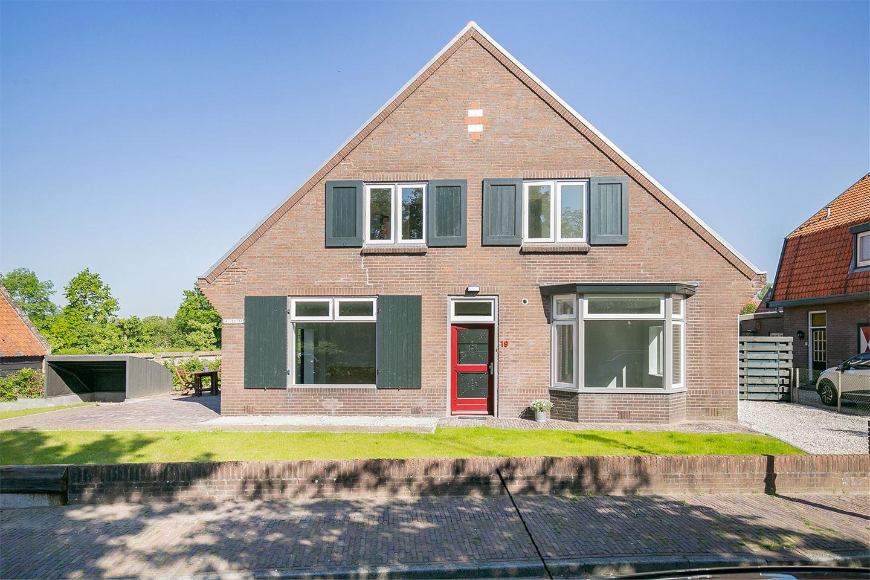 Bekijk foto 2 van Rijnstraat 19