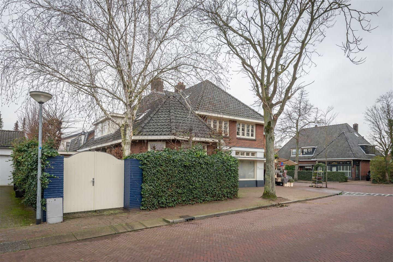 Bekijk foto 2 van Nieuwe Kerklaan 2