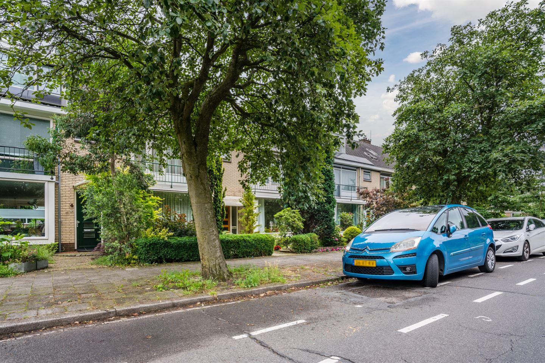 Bekijk foto 2 van Van Everdingenlaan 8