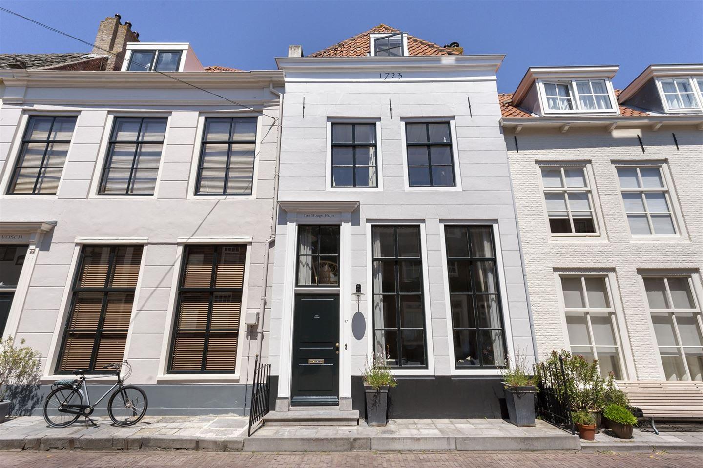 View photo 1 of Singelstraat 37