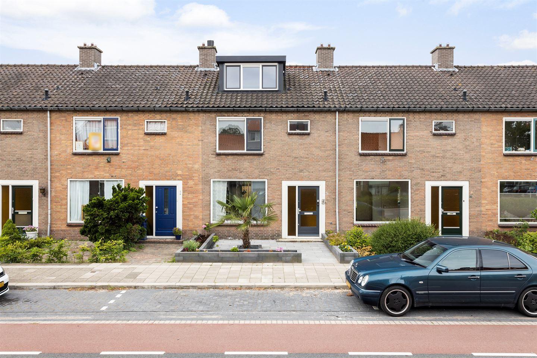 Bekijk foto 1 van Karel Doormanlaan 5