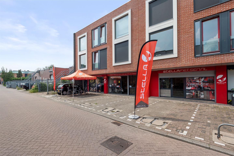 Bekijk foto 2 van Tuinstraat 75