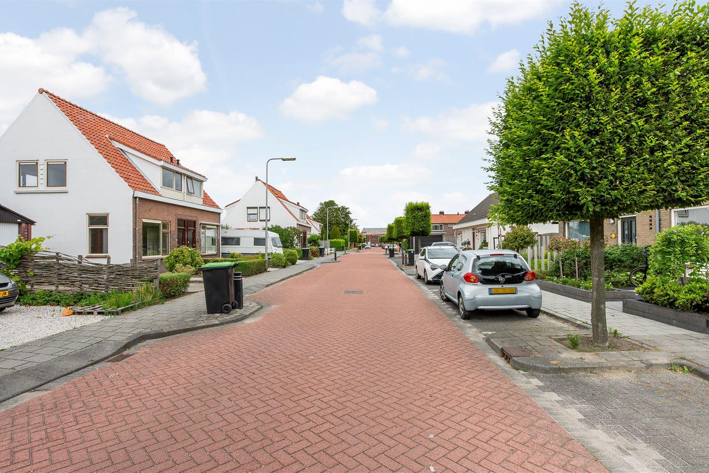 Bekijk foto 2 van Julianastraat 89