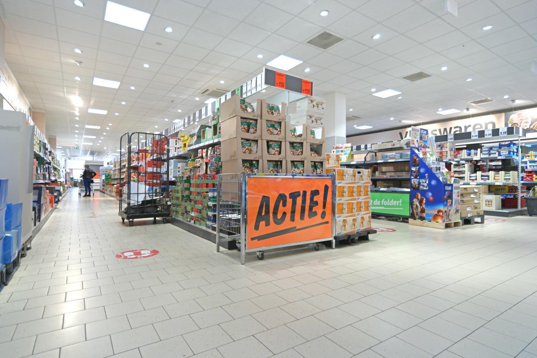 Bekijk foto 2 van Zoetelaarpassage 47