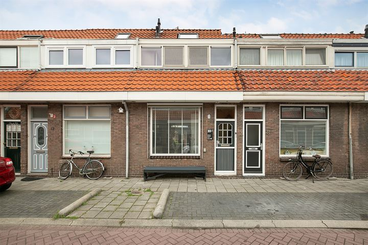 Helmersstraat 10