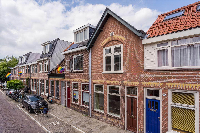 Bekijk foto 1 van Oranjestraat 177