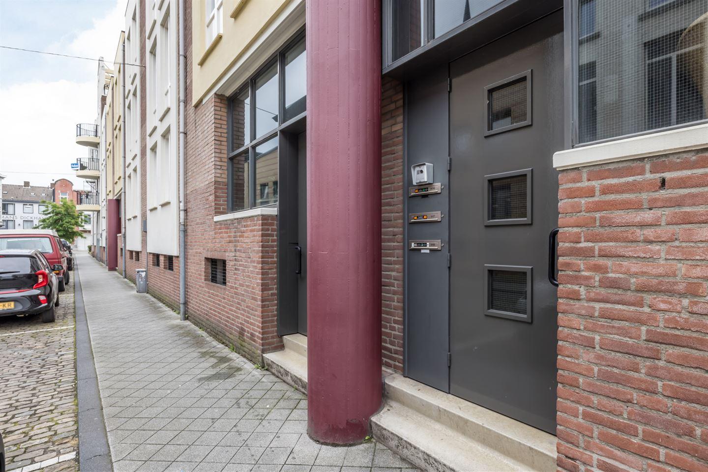 Bekijk foto 3 van Wycker Grachtstraat 1 A 17