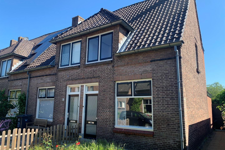 Bekijk foto 1 van Miereveldstraat 28
