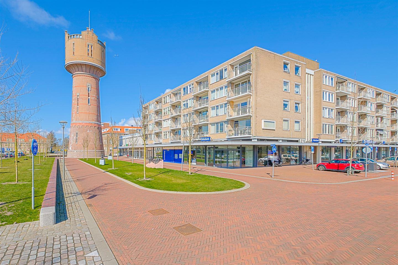 Bekijk foto 1 van Julianaplein 122
