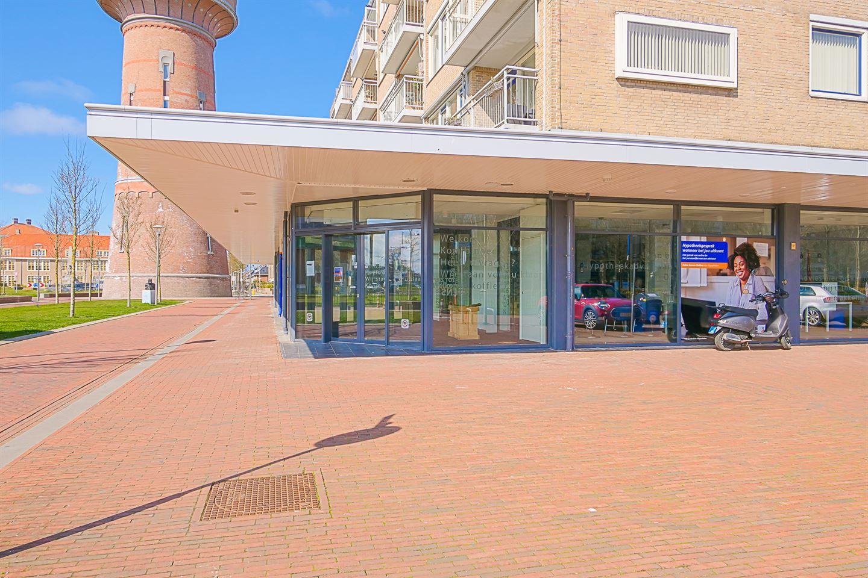 Bekijk foto 4 van Julianaplein 122