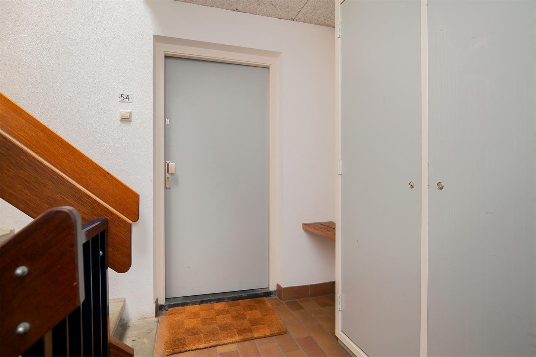 Bekijk foto 2 van Schaarsbergenstraat 54