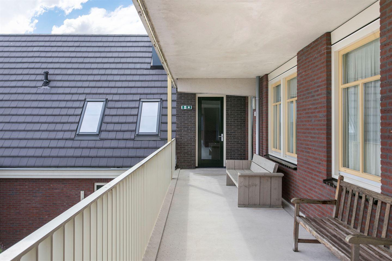 View photo 3 of Hardenbroek 114