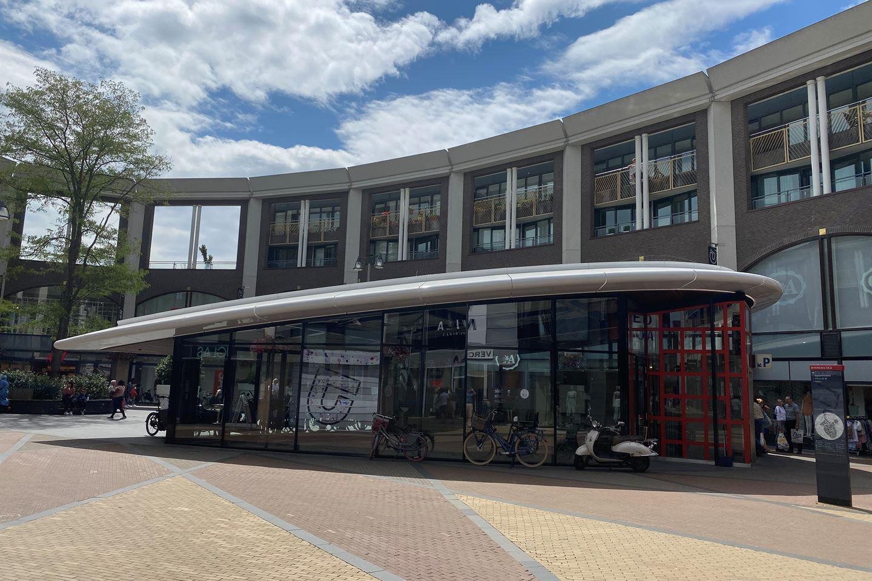 Bekijk foto 2 van Sint Jorisplein 34